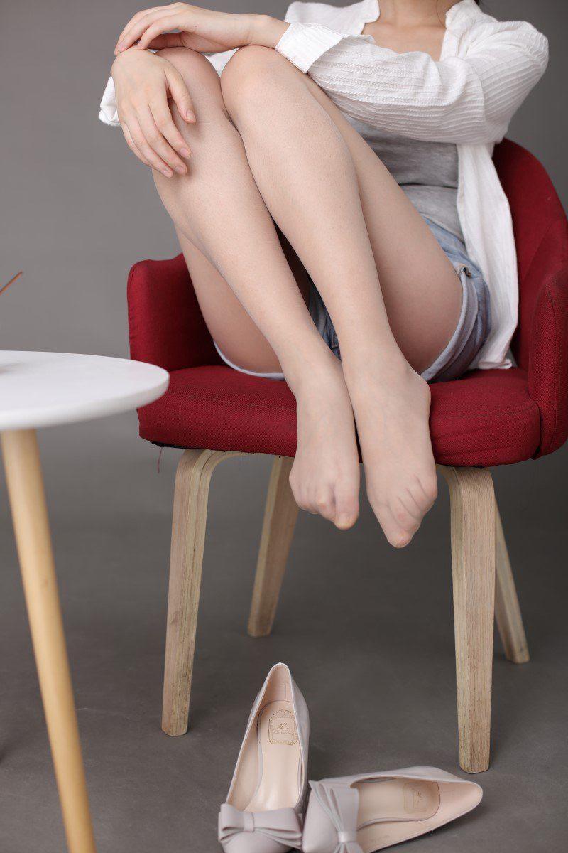 [奈丝写真]NO.142 冰冰-双层蝴蝶结高跟鞋[37P/409M]
