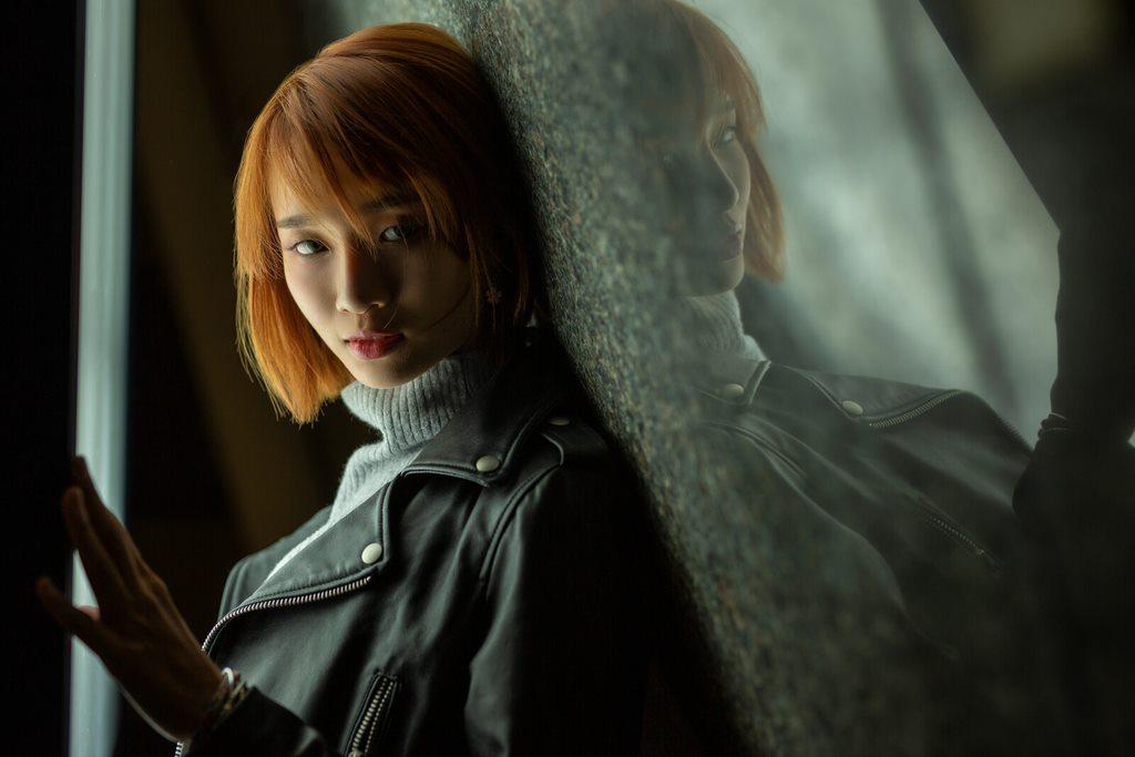 illumiphoto,一路有你,lighting, mirrorimage,  portrait, brownhair, 台中人像